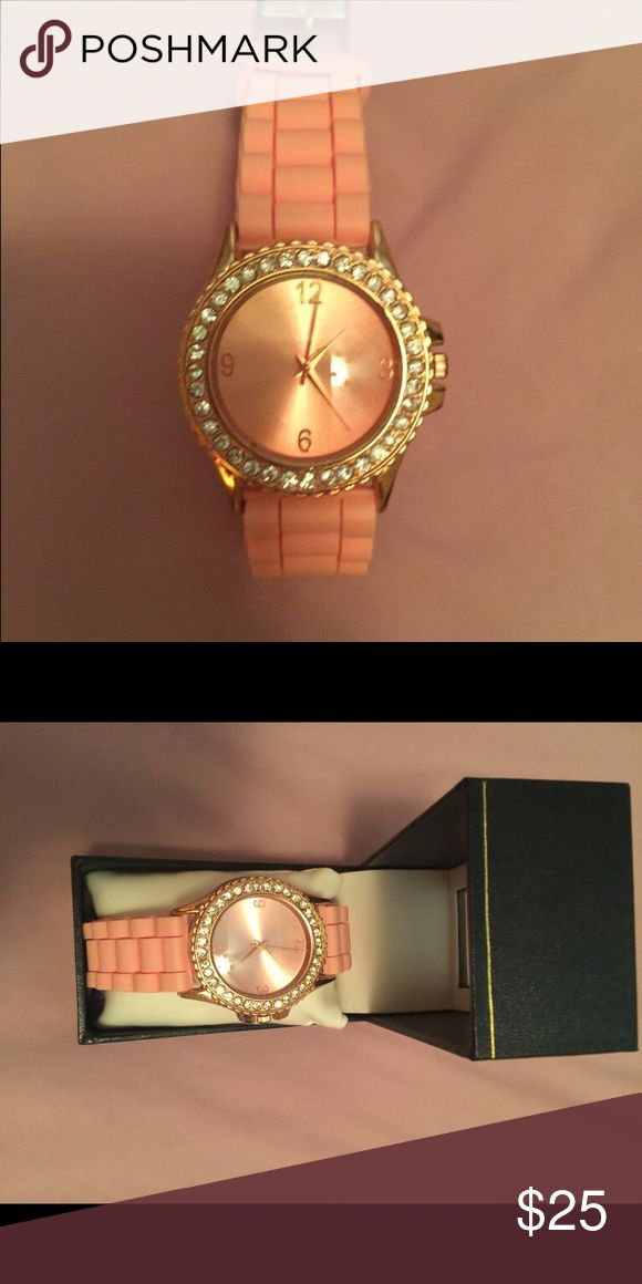 Rose gold watch Rose gold watch for sale I bought another one and never ended up using this one so it's brand new in the box :) super cute! Accessories Watches