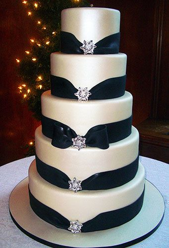 Wedding Cakes | Designer Cakes BUT with hearts instead of stars and red ribbon not black! or every other one red/black!