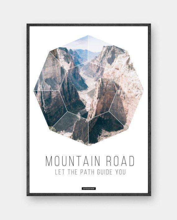 Mountain Road: Plakat i minimalistisk design med fotokunst og unik grafisk tekst. Trykt på 200 gram papir. Se mere online på www.kasperbenjamin.com