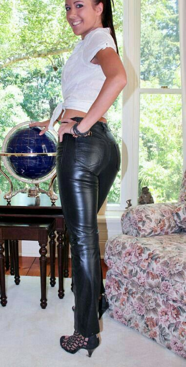 pin von auf lederhosen pinterest lederjeans und sexy. Black Bedroom Furniture Sets. Home Design Ideas
