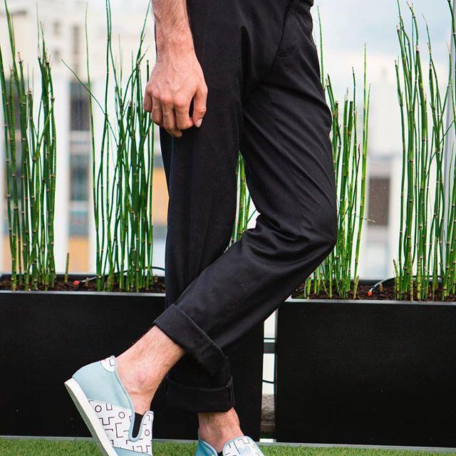 Nénufar, la chaussure d'intérieur unisexe, design et confort 👌⠀  #nenufar #indoorshoes #slippers #design #confort #lifestyle #trendy