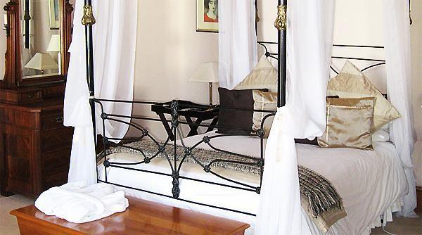 http://www.go2global.co.za/listing.php?id=953&name=Matoppo+Inn