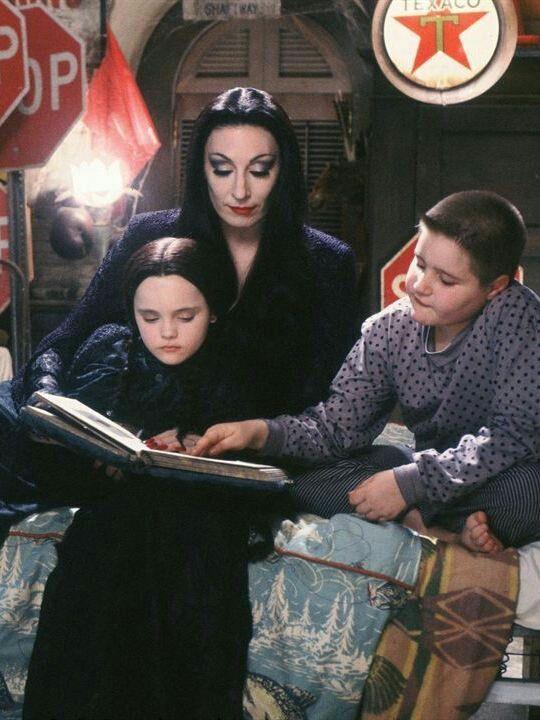 The Addams Family 1991 Addams Family Movie Addams Family Adams Family