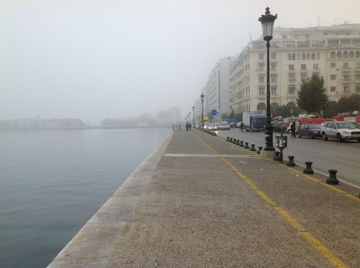 Thessaloniki in mist... Something of a sweet melancholy... Don't you think?