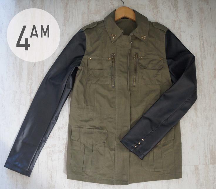 chaqueta militar/cuero 4AM