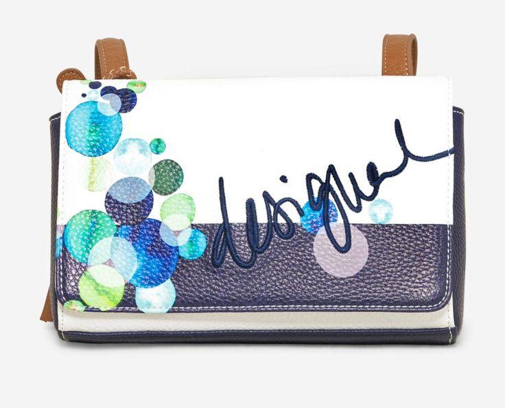 Desigual női táska a LifeStyleShop.hu divat táskái és kiegészítői közül! Válogasson a Desigual táskák, pénztárcák és kiegészítők közül!
