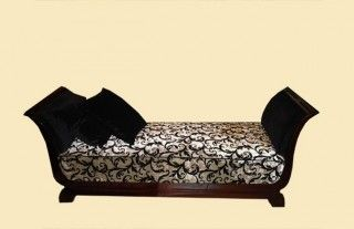 Art Deco daybed for a luxurious rest