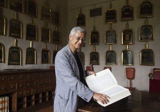Claudio Marazzini: salviamo la lingua italiana assediata dall'americanismo