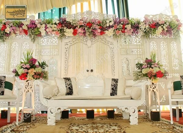 29 best simple walimah images on pinterest indonesia wedding 55 gambar dekorasi pelaminan minimalis dan klasik memiliki sebuah pernikahan yang indah tentu menjadi impian junglespirit Image collections