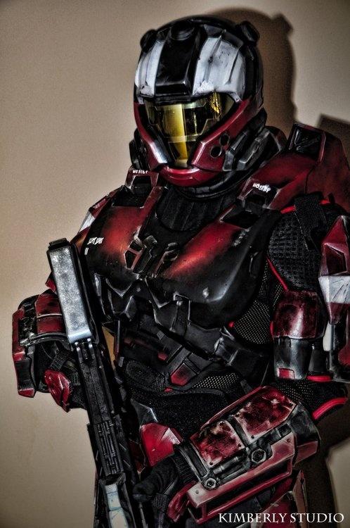 Great co-splay armor replica. Want! #spartan #halo