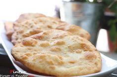Yoghurtbrood is luchtig lekker vers broodje wat sterk doet denken aan het Indiase naanbrood. Het wordt vaak bij warme maaltijden gegeten waaronder soep. Dit brood is zo super simpel om zelf te maken dat echt iedereen dit kan doen. Bekijk op de volgende pagina het simpele recept…