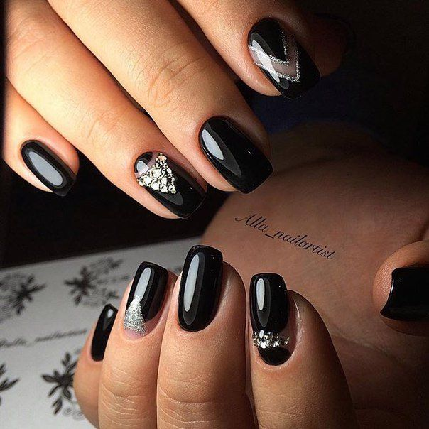 This manicure for them who likes the severity, sexuality and high sense of style. Deep black colour of the varnish looks sexy and attractive. Such a specta