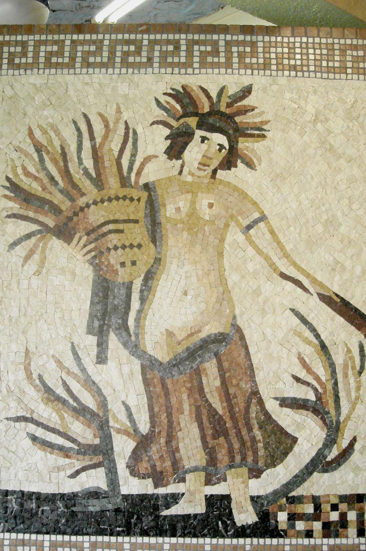 Mosaico da marca produzido no Brasil.