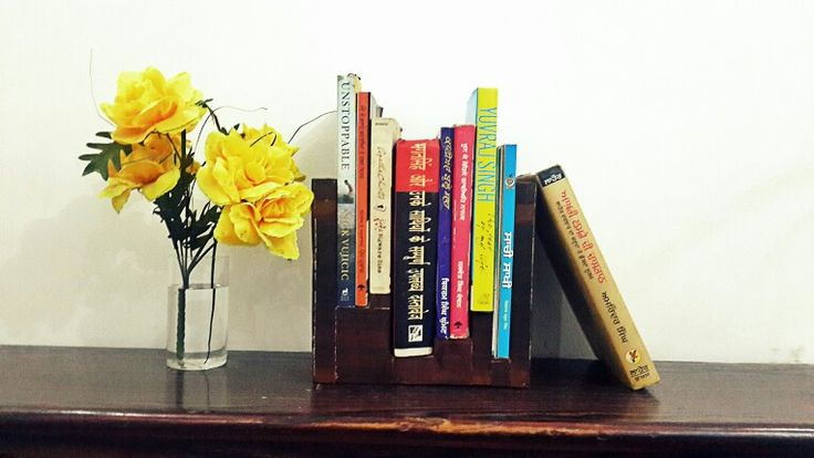 Display book shelf.  Made by scrap woods.