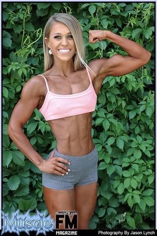how to diet for a figure competition, npc figure competition training, npc figure competition diet, reverse dieting, reverse dieting for figure competitor