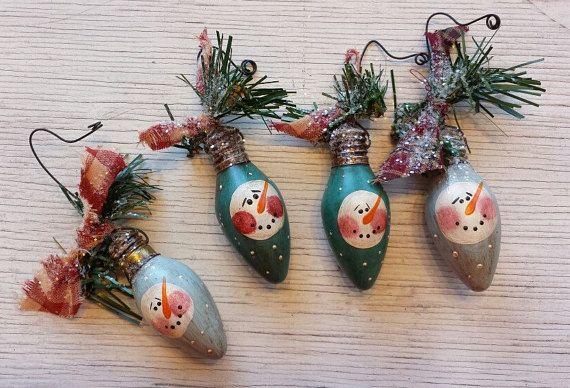 Primitve Snowman Ornament, Snowman Ornament, Vintage Christmas Light Bulb Ornament, Primitive Snowmen, Painted Snowman, Country Snowman