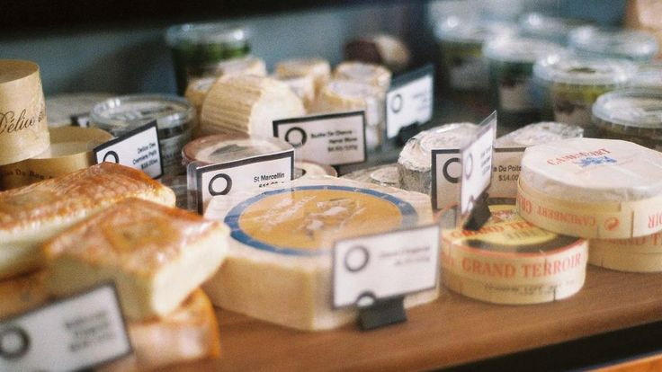 Melbourne cheese available/platters/shop selections/cheese by sections