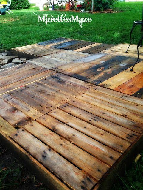 Minettesmaze diy pallet deck garden ideas pinterest for Garden decking from pallets