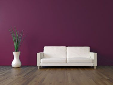17 meilleures id es propos de peinture prune sur pinterest murs violets palettes de for Decoration salon prune
