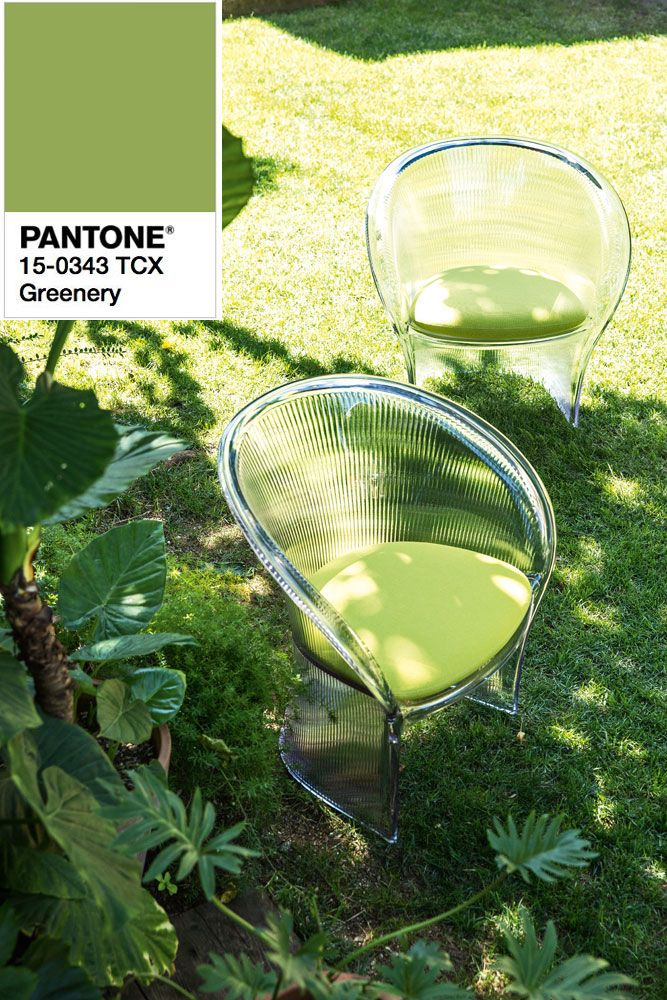 Krzesło Flower Magis w kolorze greenery Pantone.