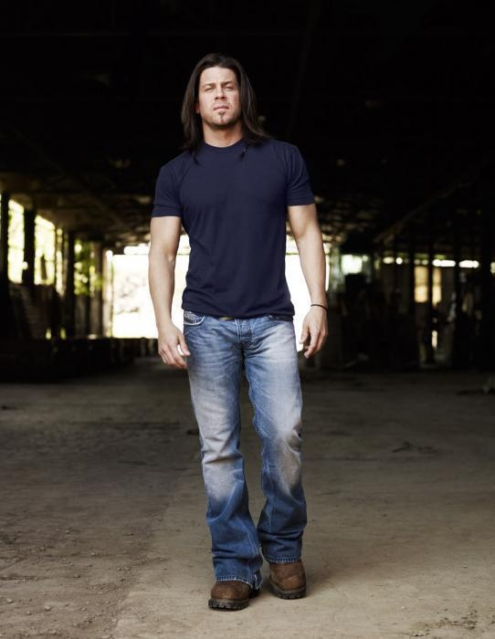 Christian Kane - Elliot Spencer