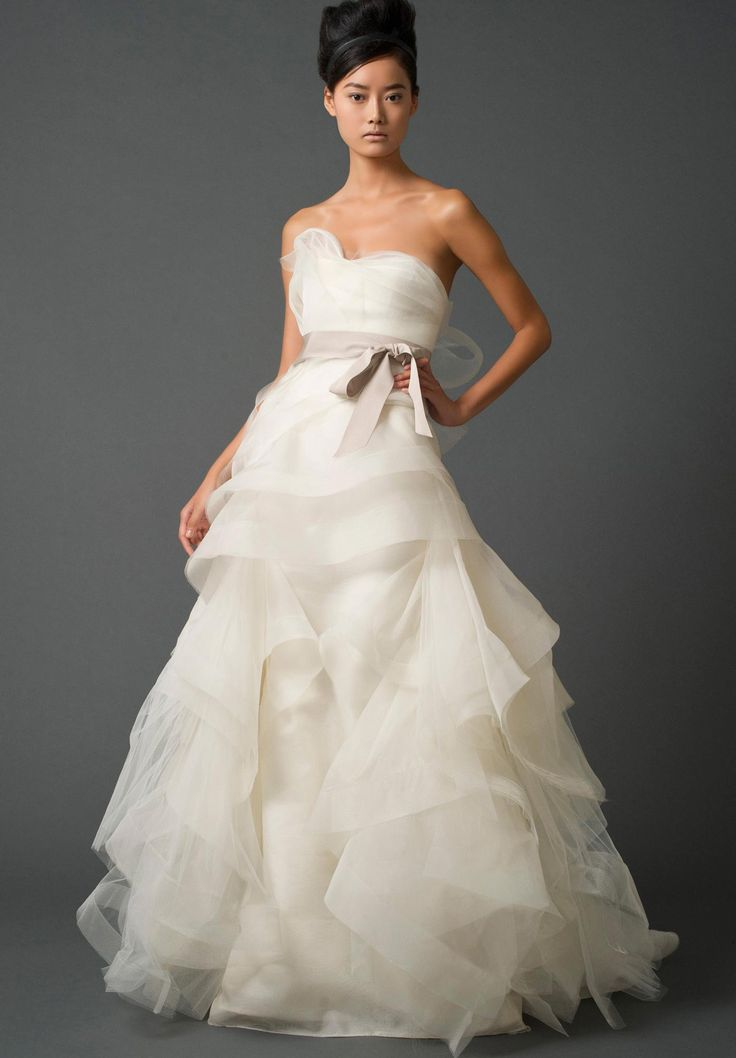 53 best vera wang wedding dress spotlight images on for Best vera wang wedding dresses