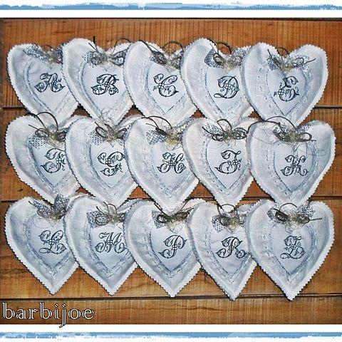 Pihe-puha, monogramos  függeszthető szívek, levendulával, Dekoráció, Otthon, lakberendezés, Dísz, Ünnepi dekoráció, Meska
