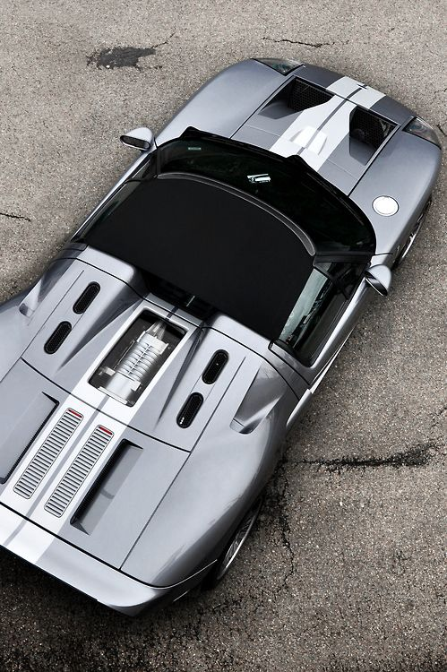 Ford GT from above.