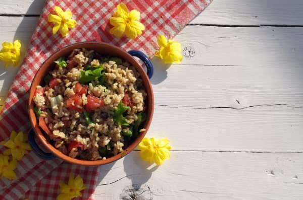 Ensalada de arroz integral ¡qué buena y ligera!  #EnsaladaDeArroz #EnsaladaDeArrozIntegral #EnsaladasFáciles #RecetasFáciles #RecetasDeEnsaladas #RecetasLigeras