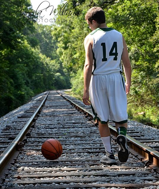 17 Best Ideas About Cool Boys Bedrooms On Pinterest: 17 Best Ideas About Basketball Senior Pics On Pinterest
