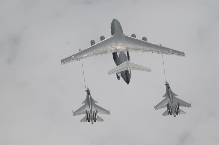 Indian AF Su-30MKIs Refueling by Ilyushin Il-78 Midas - Indradanush 2015 exercise