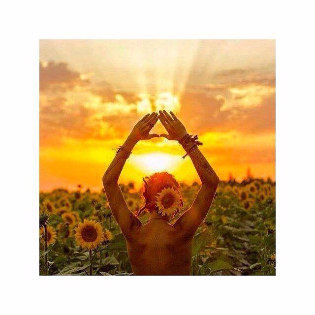 Mulheres que fazemos, e amamos o que fazemos! Aqui no ateliê e todo feito a mão com muito amor! Compra de quem faz! Compra Ateliê Juju : www.ateliejuju.com ! #adoroateliejuju #indie #gypsy #surfgirls #bohemian #wanderlust #sereia #fada #lifestyle #followthesun #peace #love #yoga #eupraiana #summer #goodvibes #Onlineshopping #summerlovers #nature #naturelife #followthesun #lifeonthebeach #beachlifestyle #iloveyoga #peaceful  #cangaredonda #canga #verao #compradequefaz…