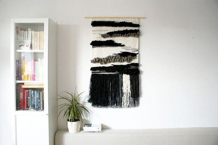 "Polubienia: 108, komentarze: 17 – Jadzia Lenart (@jadzialenart) na Instagramie: ""Finished! 🙌👌😊 #walldecoration #wallhanging #woven #boholife #scandinavian #scandi #whitelover…"""