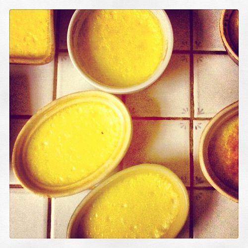 Oeufs au lait avec ou sans caramel au micro-ondes - Cuisine de Mémé Moniq