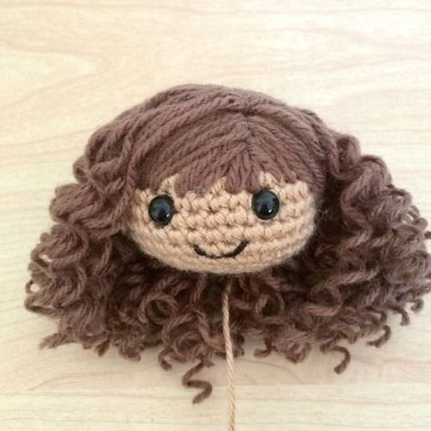 Curly Amigurumi Hair Tutorial ༺✿Teresa Restegui http://www.pinterest.com/teretegui/✿༻: