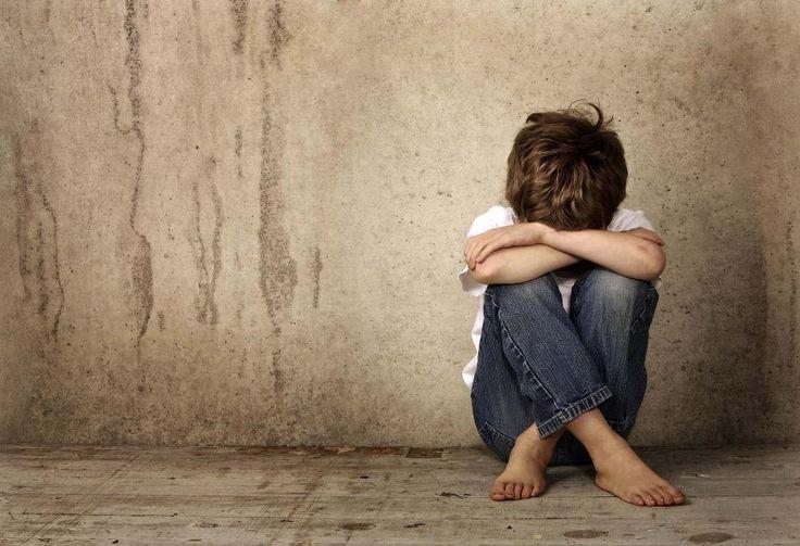 Νέα στοιχεία για την κακοποίηση 10χρονου: Οι συμμαθητές του τον βίασαν με κατσαβίδι - Κατέρρευσε ο πατέρας του