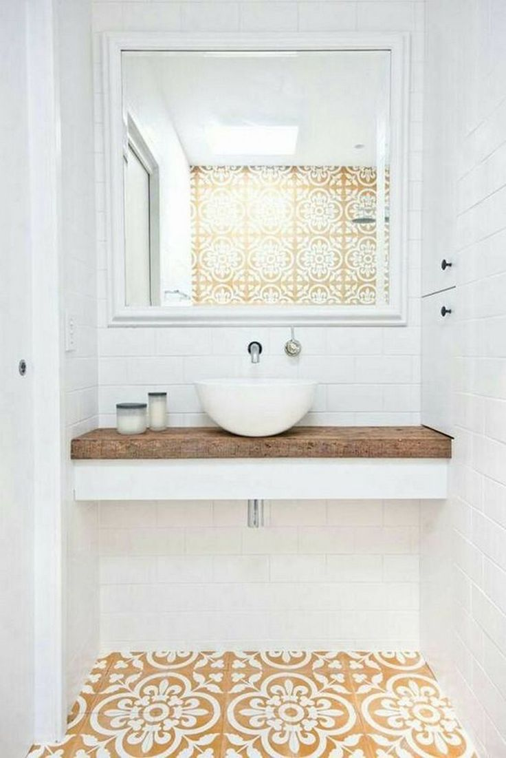 Style up your Ordinary Bathroom with These Spanish Tile Bathroom Ideas https://www.goodnewsarchitecture.com/2018/02/25/style-ordinary-bathroom-spanish-tile-bathroom-ideas/