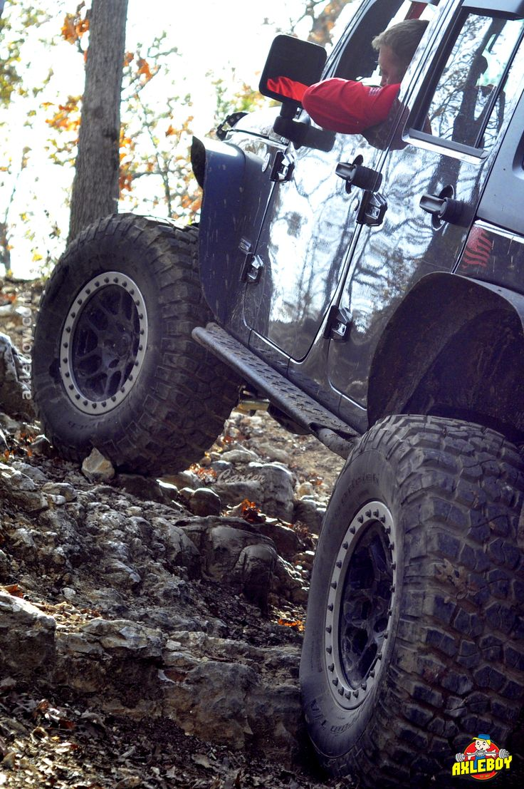A full day of wheeling makes a plate of Turkey and Pumpkin Pie taste even better. It's a Jeep thing. __________________________________ #Axleboy #offroad #jeepshop #missouri #ofallon #stlouis #stl #jeep #wrangler #thanksgiving #tradition #jeeplife #4x4 #4wd #kcco #jeepbeef #jeepthing #olllllllo