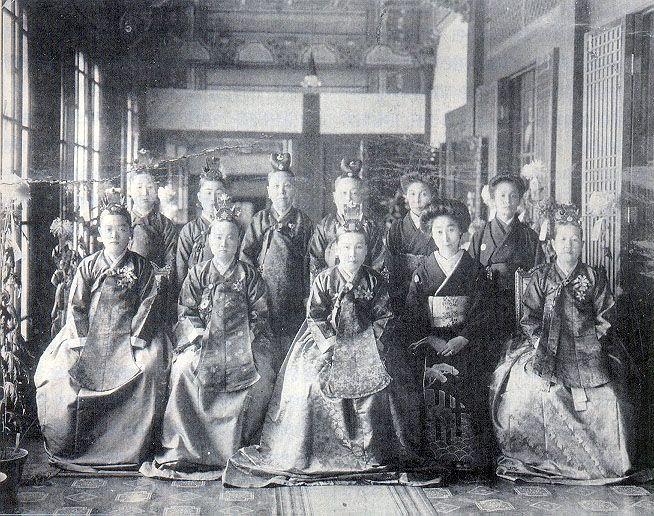 윤비(순종비)와 궁중의 여인들 1900년대