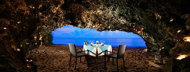 romantic cave dinner at Samabe Bali private beach