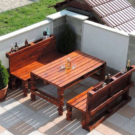 Outdoor Furniture Is Always A Great Way To Repurpose Reclaimed Wood Pallets They Don