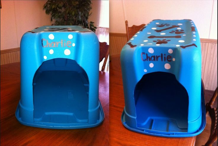 This is our puppy's new dog house. We used a big plastic tub, cut hole out on the side and siliconed the lid on, let it dry and flipped it upside down. I used a paint marker for the bones and paw prints.