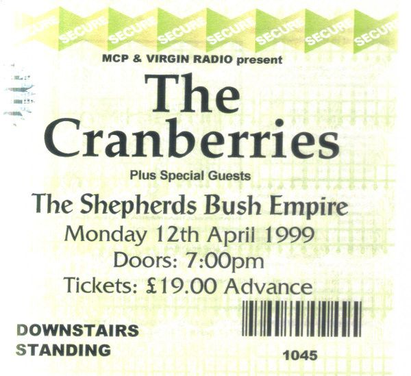 https://flic.kr/p/H3rwnf | 19990412Cranberries | 12 Apr 1999 The Cranberries Shepherds Bush Empire London