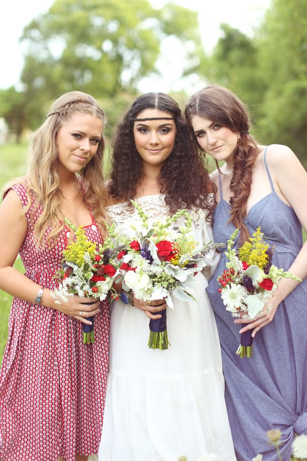 Red White and Blue Wedding Ideas - Happy 4th of July: Americana with a 70s Twist