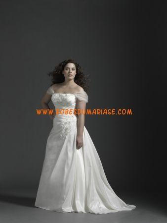 Sincerity robe de mariée grande taille glamour avec traîne moyenne ornée de perle organza Style 4531