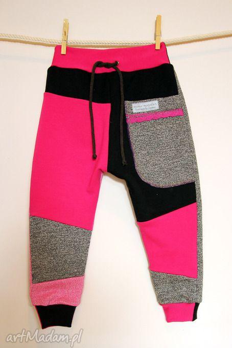 Patch pants eco spodenki dziecięce różowe ubranka mimi monster