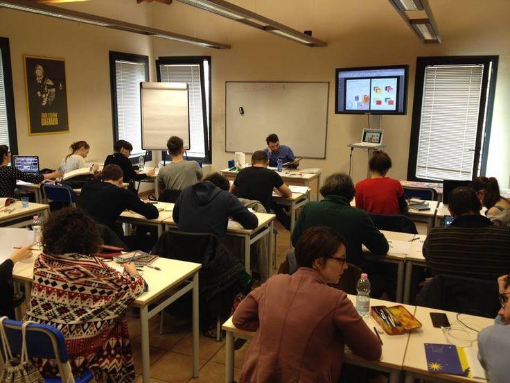SOLD OUT per il  Workshop di illustrazione editoriale con Matteo Riva. Sabato 2 aprile 2016. #teoriva #scuolainternazionaledicomics #workshop #illustrazioneeditoriale