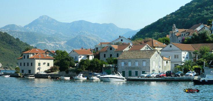 Bay of Kotor, Kamenari, Montenegro, Nikon Coolpix L310, 31.8mm, 1/500s, ISO80, f/5.1, -0.7ev, panorama mode: segment 2, HDR-Art photography, 201607051559