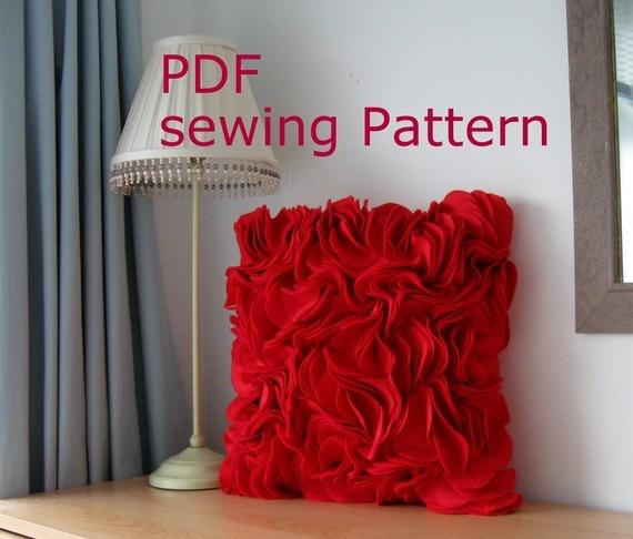 PDF Sewing Pattern make a Felt Ruffle Cushion Cover & 36 best Cushions images on Pinterest   Cushions Cushion covers ... pillowsntoast.com
