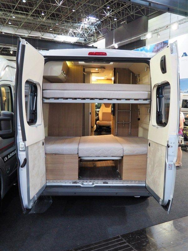 Caravan Salon Adria Twin 600 SPT Family  ein Van für vier Personen  Familienurlaub im Kastenwagen  Adria Campingbus  Kastenwagen Hersteller Testbericht
